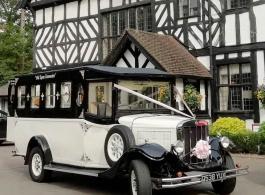 Vintage Asquith bus for weddings in Stevenage
